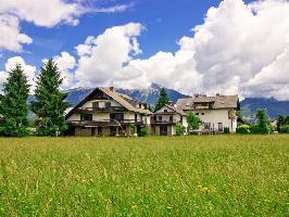 567059) Apartamento En El Centro De Bled Con Internet, Aparcamiento, Terraza, Jardín