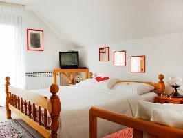 629975) Apartamento En El Centro De Bled Con Internet, Aparcamiento, Jardín, Balcón