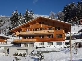 133643) Apartamento En El Centro De Grindelwald Con Internet, Ascensor, Aparcamiento, Terraza