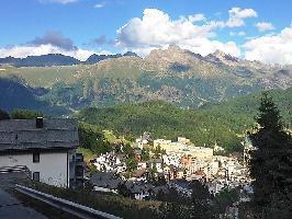 312949) Apartamento En El Centro De Sankt Moritz Con Internet, Aparcamiento, Balcón, Lavadora