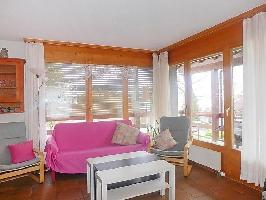 37887) Casa En Faulensee Con Aparcamiento, Terraza, Jardín