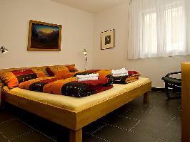 46081) Apartamento En El Centro De Leukerbad Con Internet, Ascensor, Aparcamiento, Balcón