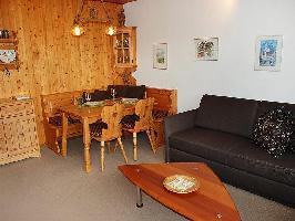 48901) Apartamento En El Centro De Flims Con Aparcamiento, Balcón, Lavadora
