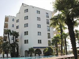 50217) Apartamento En El Centro De Locarno Con Internet, Ascensor, Aparcamiento, Balcón