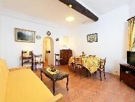 109049) Apartamento En El Centro De Antibes Con Terraza, Lavadora