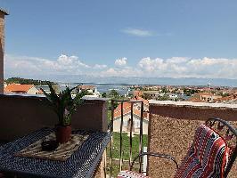 113131) Apartamento En El Centro De Nin Con Internet, Aire Acondicionado, Aparcamiento, Terraza
