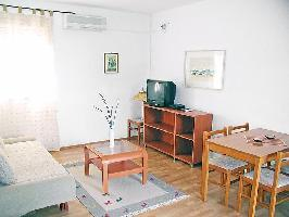 113805) Apartamento En El Centro De Biograd Na Moru Con Internet, Aire Acondicionado, Aparcamiento,