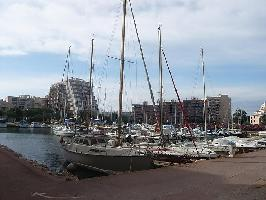 125009) Apartamento A 843 M Del Centro De Canet-en-roussillon Con Aparcamiento, Terraza, Balcón, Lav
