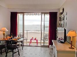 270453) Apartamento A 735 M Del Centro De Royan Con Internet, Ascensor, Terraza, Lavadora