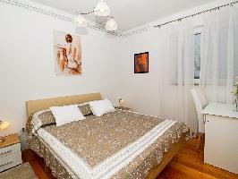 637020) Apartamento En El Centro De Makarska Con Internet, Aparcamiento, Terraza