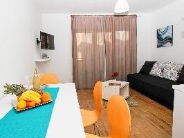 637108) Apartamento En El Centro De Makarska Con Internet, Aparcamiento