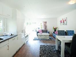 639081) Casa En Arnhem Con Internet, Aparcamiento, Terraza, Jardín
