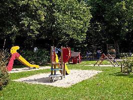 639133) Casa En Arnhem Con Internet, Aparcamiento, Terraza, Jardín