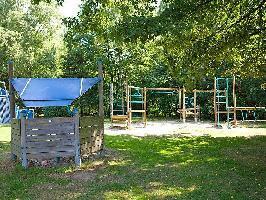 641921) Casa En Arnhem Con Internet, Aparcamiento, Terraza, Jardín