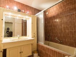 93105) Apartamento A 539 M Del Centro De Royan Con Ascensor, Aparcamiento, Terraza, Lavadora