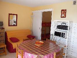 96457) Apartamento A 515 M Del Centro De Canet-en-roussillon Con Aire Acondicionado, Aparcamiento, J