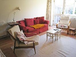 117611) Casa En El Centro De Kingston Upon Thames Con Internet, Aparcamiento, Jardín, Lavadora