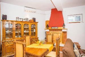 455529) Apartamento En El Centro De Korcula Con Aire Acondicionado, Aparcamiento, Balcón