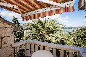 455530) Apartamento En El Centro De Korcula Con Aire Acondicionado, Balcón