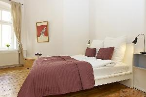 380145) Apartamento A 1.4 Km Del Centro De Berlín Con Ascensor, Terraza, Lavadora