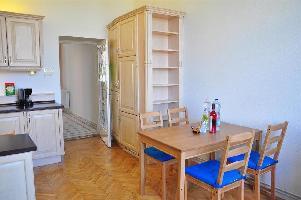390405) Apartamento A 420 M Del Centro De Budapest Con Aire Acondicionado, Ascensor, Aparcamiento