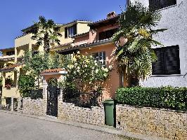 332071) Apartamento En El Centro De Vrsar Con Aire Acondicionado, Aparcamiento, Terraza