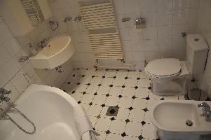 391374) Apartamento A 420 M Del Centro De Budapest Con Aire Acondicionado, Ascensor, Aparcamiento