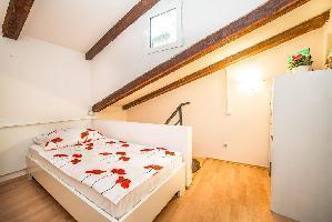 331331) Apartamento En El Centro De Rovinj Con Aire Acondicionado