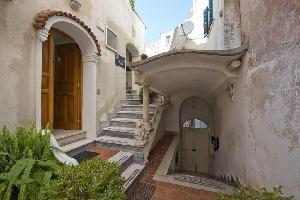 491607) Apartamento En El Centro De Amalfi Con Lavadora