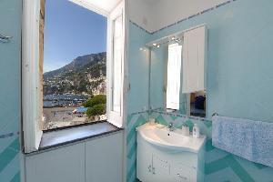 491614) Apartamento En El Centro De Amalfi Con Terraza, Lavadora