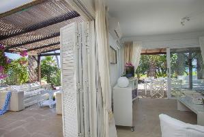 529816) Casa En Ayia Napa Con Aire Acondicionado, Aparcamiento