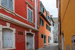 460744) Apartamento En El Centro De Rovinj Con Aire Acondicionado