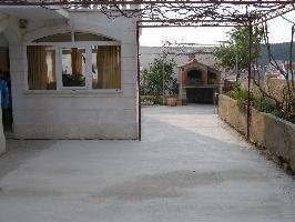 550820) Estudio En El Centro De Hvar Con Internet, Aire Acondicionado, Aparcamiento, Jardín