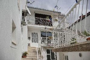 440444) Apartamento En El Centro De Makarska Con Aire Acondicionado, Balcón, Lavadora