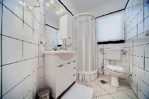 309930) Apartamento A 429 M Del Centro De Dubrovnik Con Aire Acondicionado, Terraza, Lavadora