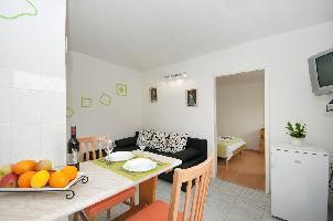 467337) Apartamento En El Centro De Supetar Con Aire Acondicionado, Aparcamiento, Terraza