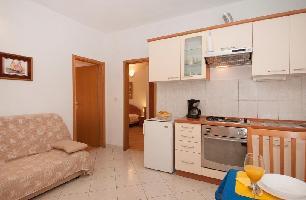 467339) Apartamento En El Centro De Supetar Con Aire Acondicionado, Aparcamiento, Terraza
