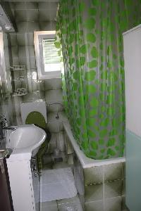 463452) Apartamento En El Centro De Supetar Con Aire Acondicionado, Aparcamiento, Balcón, Lavadora