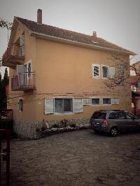 500521) Apartamento En El Centro De Sveti Filip I Jakov Con Aire Acondicionado, Aparcamiento, Balcón