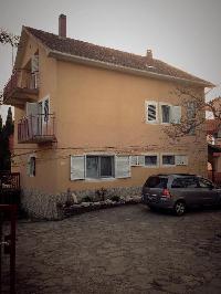 500523) Apartamento En El Centro De Sveti Filip I Jakov Con Aire Acondicionado, Aparcamiento, Balcón