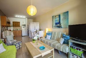 466032) Apartamento En Paralimni Con Aire Acondicionado, Aparcamiento