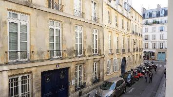 449947) Estudio En El Centro De París Con Lavadora