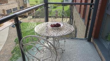 355858) Apartamento A 721 M Del Centro De Cambridge Con Ascensor, Aparcamiento, Terraza, Lavadora