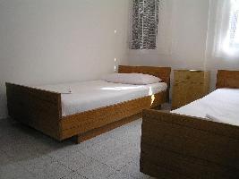 461154) Apartamento En El Centro De Pag Con Aparcamiento
