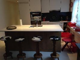 647236) Apartamento En El Centro De Saanen Con Internet, Aire Acondicionado, Ascensor, Aparcamiento