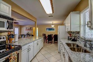 515283) Casa En Clearwater Con Aire Acondicionado, Aparcamiento