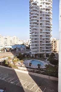 355859) Apartamento A 85 M Del Centro De Bat Yam Con Aire Acondicionado, Ascensor, Lavadora