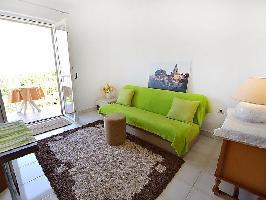 121263) Apartamento En El Centro De Omi?alj Con Internet, Aire Acondicionado, Aparcamiento, Balcón
