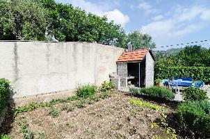 28947) Apartamento En El Centro De Slano Con Aire Acondicionado, Terraza