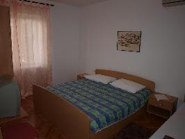 461252) Apartamento En El Centro De Novalja Con Aire Acondicionado, Aparcamiento, Balcón